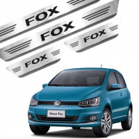 Soleira de Aço Inox Volkswagen Fox 4P