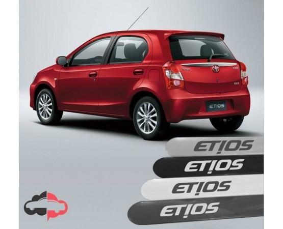 Friso Lateral Personalizado Toyota Etios (Alfabetoauto) por alfabetoauto.com.br