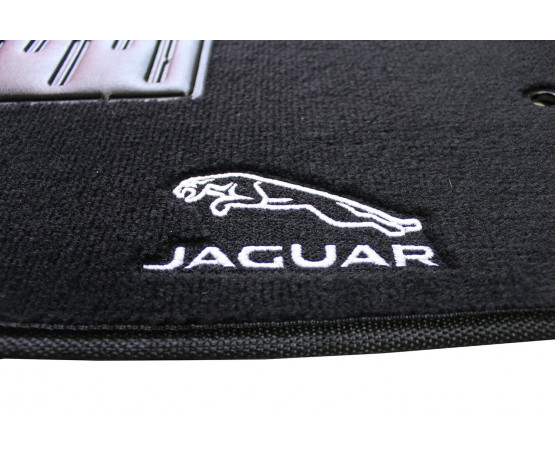 Tapete Jaguar XF luxo (Alfabetoauto) por alfabetoauto.com.br