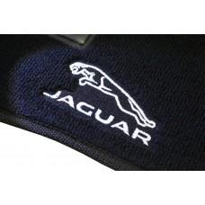 Tapete Jaguar XE luxo