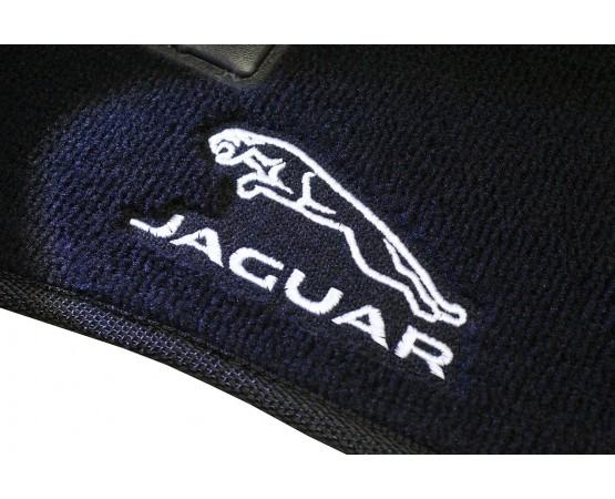 Tapete Jaguar XE luxo (Alfabetoauto) por alfabetoauto.com.br
