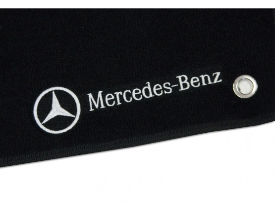 Tapete Mercedes Benz Classe C 180 Luxo (Alfabetoauto) por alfabetoauto.com.br