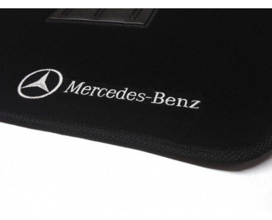 Tapete Mercedes Benz Classe CLA Luxo (Alfabetoauto) por alfabetoauto.com.br