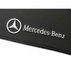 Tapete Mercedes Benz Classe GLA Traseiro Inteiriço Borracha