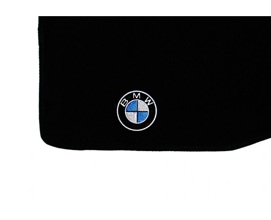 Tapete BMW 323i Luxo (Alfabetoauto) por alfabetoauto.com.br