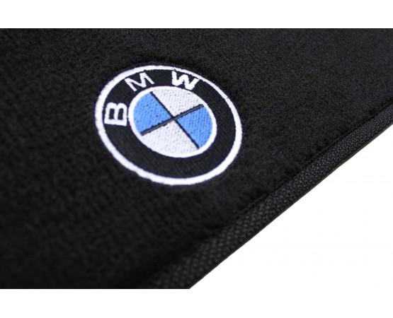 Tapete BMW 320i Traseiro Inteiriço Luxo (Alfabetoauto) por alfabetoauto.com.br