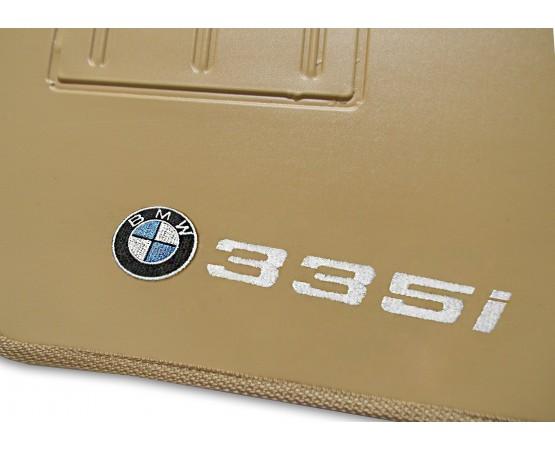 Tapete BMW 335i Borracha (Alfabetoauto) por alfabetoauto.com.br