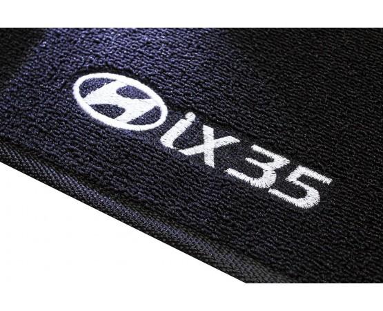 Tapete Hyundai IX35 Traseiro Inteiriço Boucle Preto (Alfabetoauto) por alfabetoauto.com.br