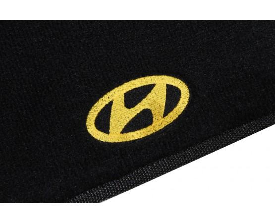 Tapete Hyundai Veloster Preto Luxo (Alfabetoauto) por alfabetoauto.com.br