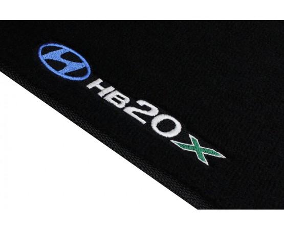 Tapete Hyundai HB20x Preto Luxo (Alfabetoauto) por alfabetoauto.com.br