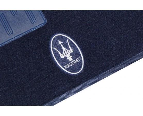 Tapete Maserati Quattroporte Azul Marinho Luxo (Alfabetoauto) por alfabetoauto.com.br