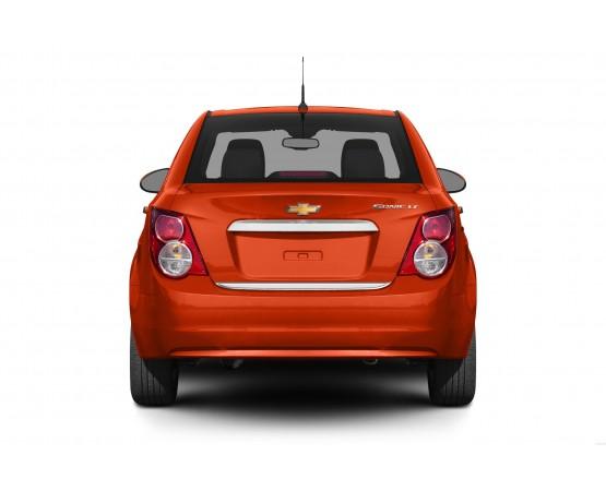 Friso Porta Malas Sonic Sedan (NP Adesivos e Resinagem) por alfabetoauto.com.br